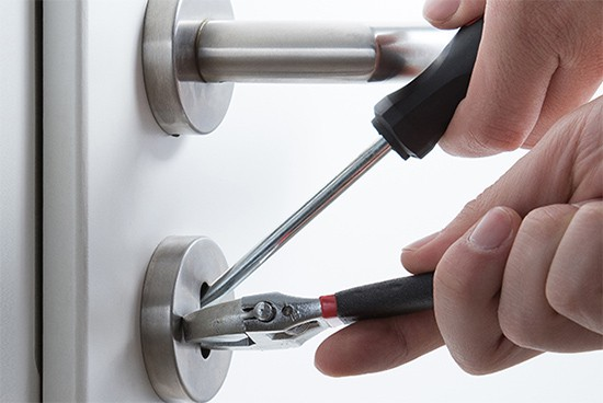 Locksmith Services - SafeTech Security